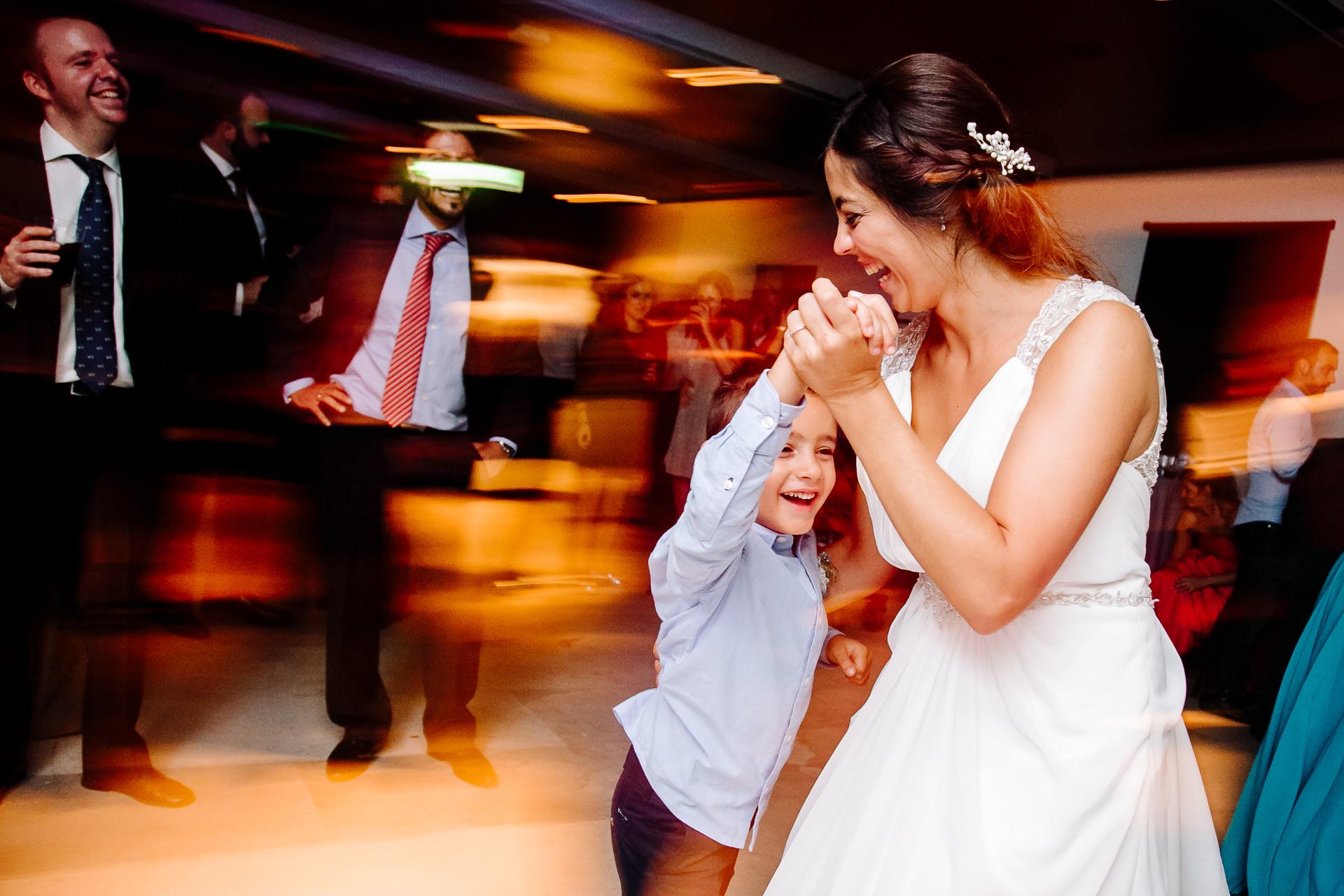 boda civil parador alcala de henares madrid 021002