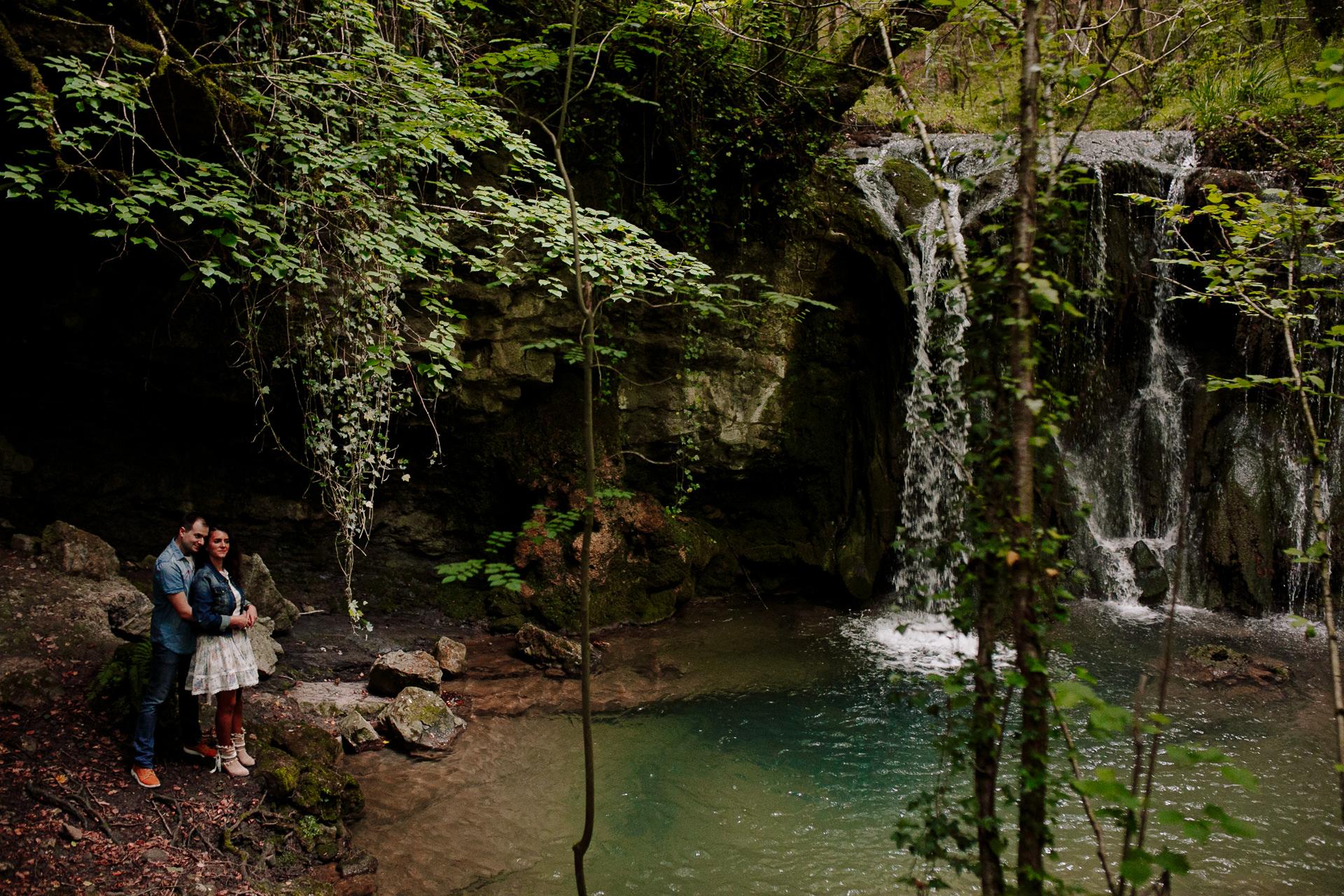 preboda cascada bosque alava 191447